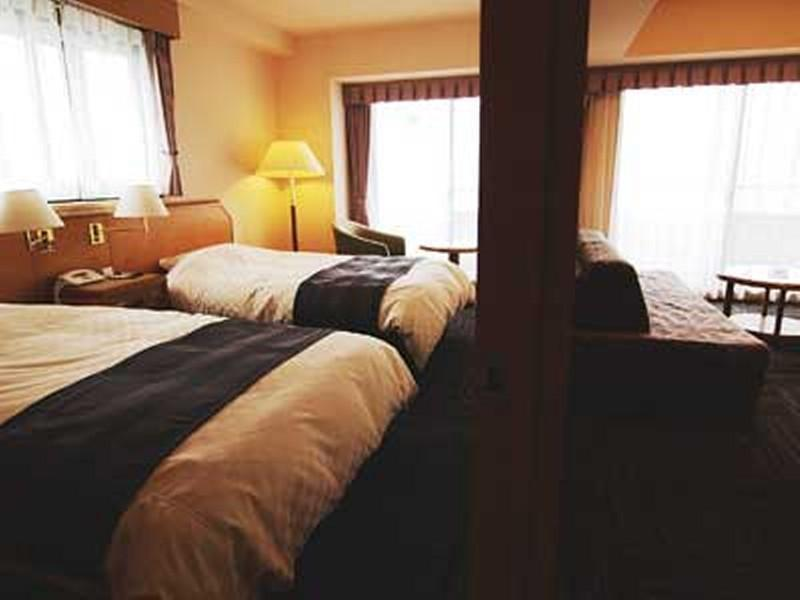 트윈룸 (Deluxe Twin Room (2 Beds + 2 Sofa Beds))