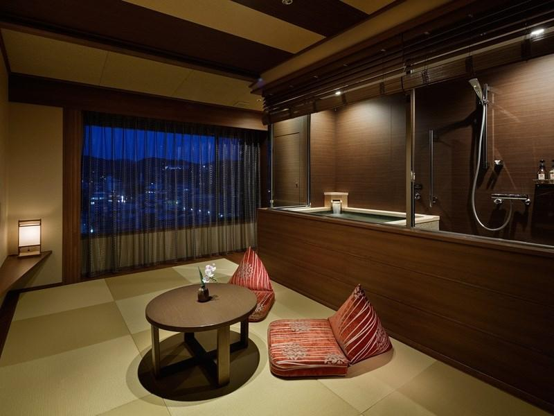 Premier Japanese/Western-style Room with Hot Spring Bath (2-4 Beds)