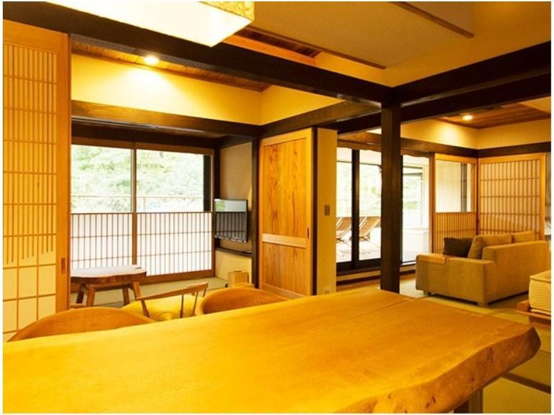 Japanese/Western-style Room (Azumaichige Type, No. 211)