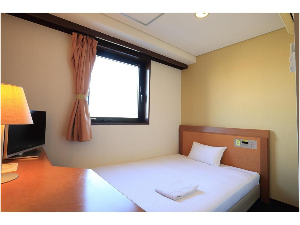 Single Room - Guestroom Smile Hotel Kakegawa