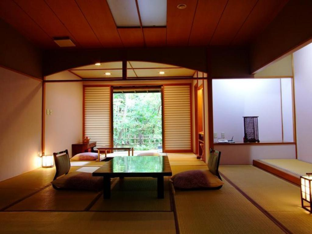 Japanese Style Room with Open-Air Bath - Guestroom Nonohanatei Komurasaki