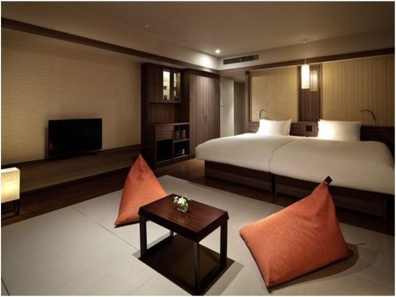 Standard Japanese/Western-style Room (2 Beds)