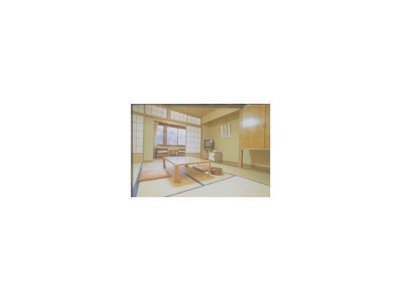 Japanese-style Room *Allocated on arrival; Has toilet