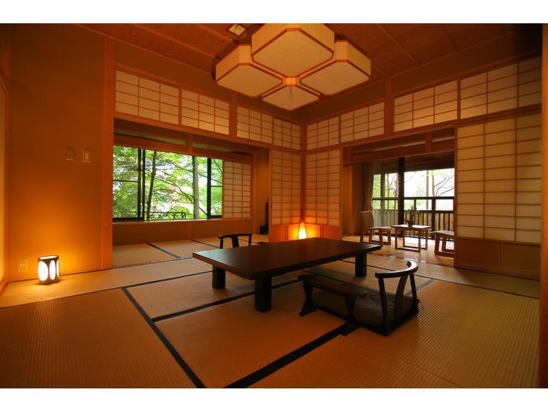 内湯温泉付和室 |12.5畳+次の間+踏込 (Japanese-style Room with Indoor Hot Spring Bath)