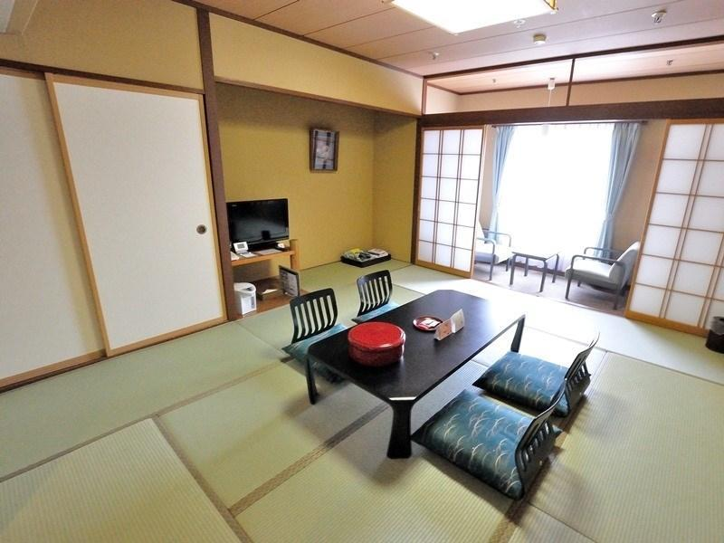 本馆或别馆 和式房 (Japanese-style Room (Main Building or Annex))