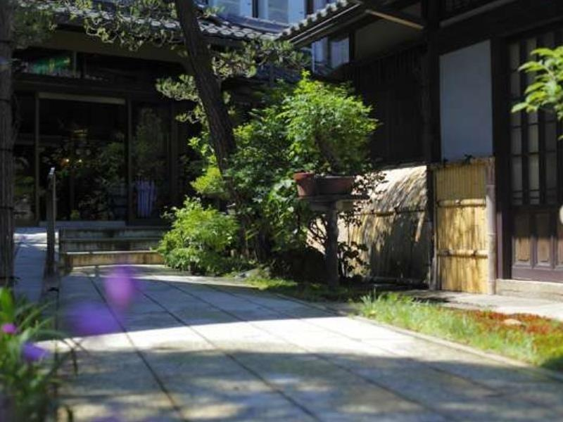 特別房(和式房+露天風呂) (Special Japanese-style Room with Open-air Bath)