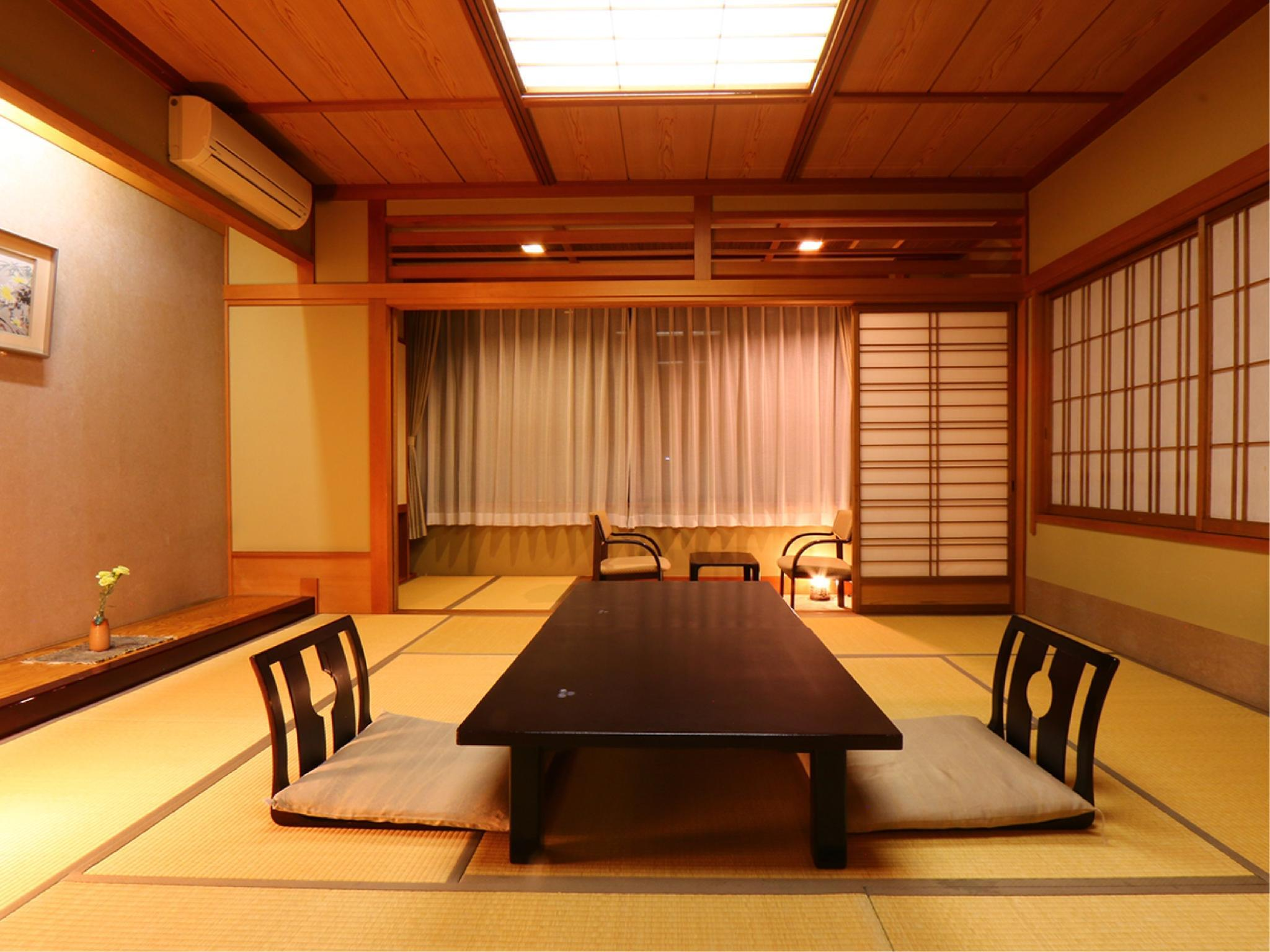 和室12.5畳+広縁(2~6名)|12.5畳 (Japanese-style Room with Hiroen Space)