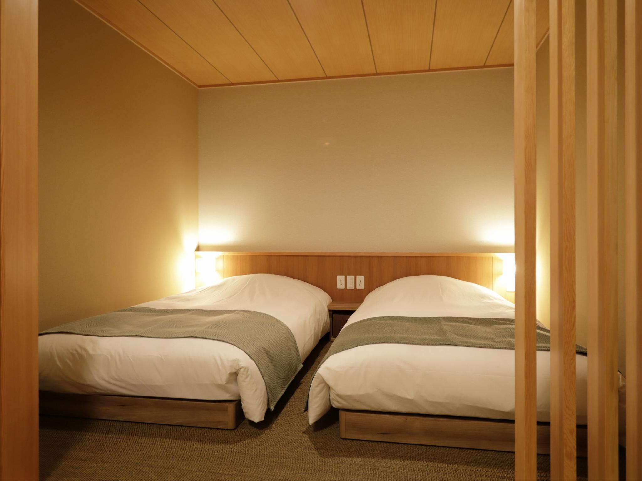 豪華雙人雙床房(日式矮床) (Deluxe Twin Room with Japanese Bed(s))