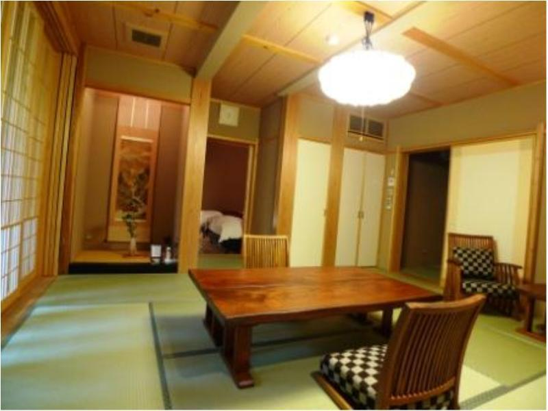 다다미 침대 객실 (Japanese/Western-style Room with Open-air Bath (2 Beds, Annex))