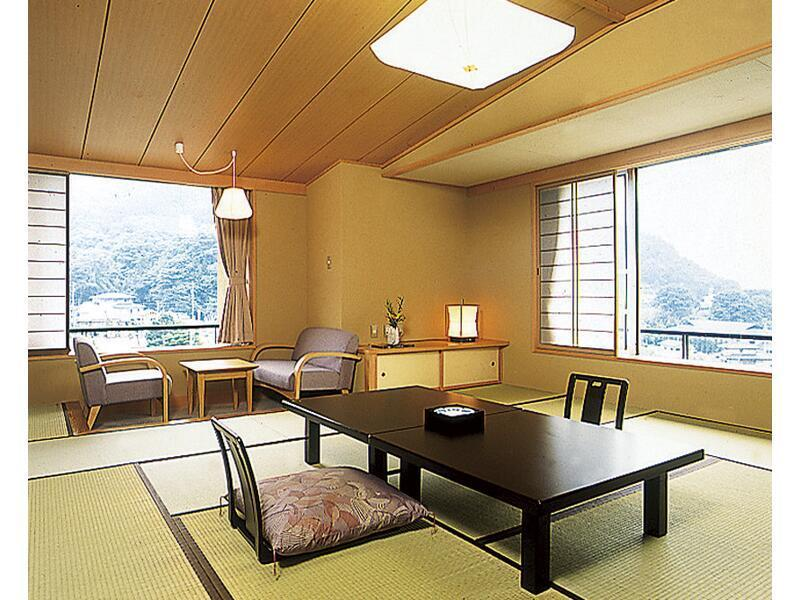 다다미 객실 (Japanese-style Room (Tenno Yakata Wing))