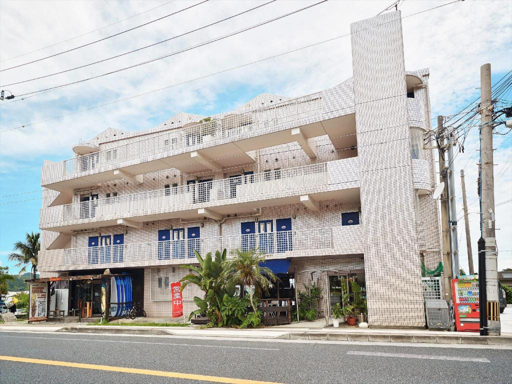 海洋渡假村PMC(舊:粉紅海洋俱樂部) (Ocean Resort PMC (Formerly: Pink Marlin Club))