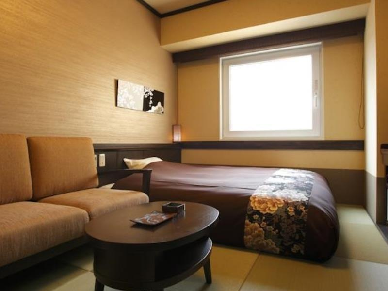 Japanese-style Semi-double Room