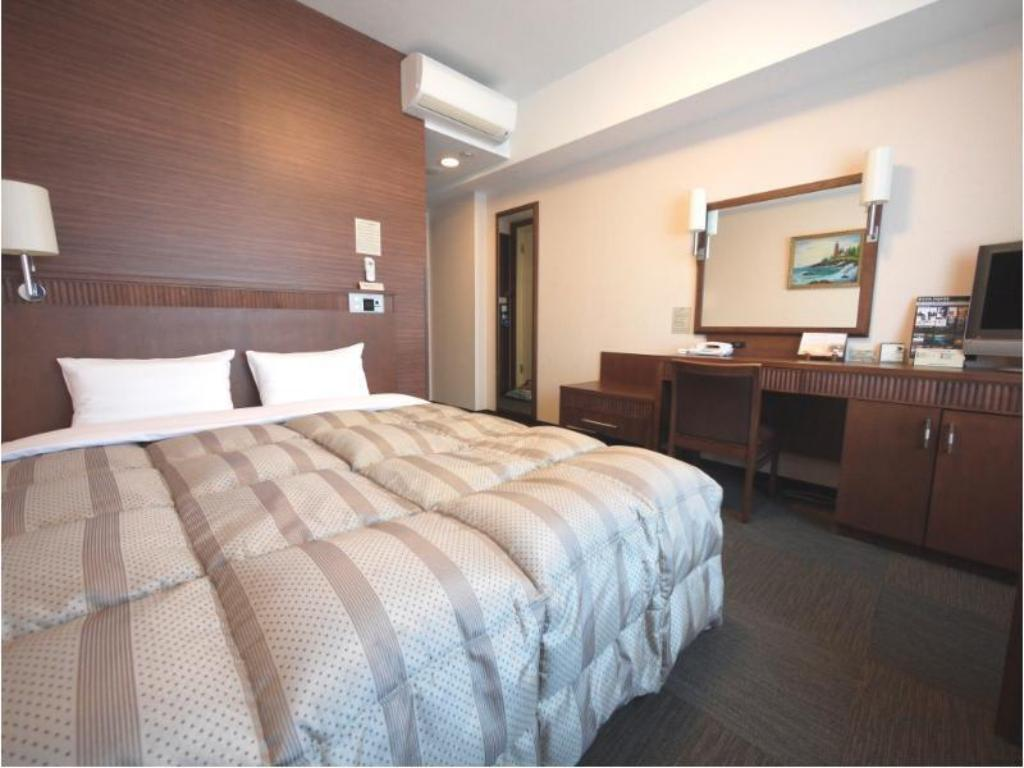 Double Room (East Wing) - Guestroom Route Inn Grantia Ishigaki
