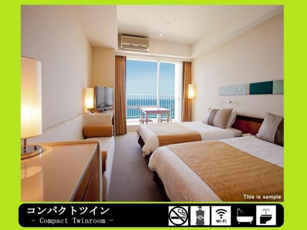 Room - Guestroom The Beach Tower Okinawa