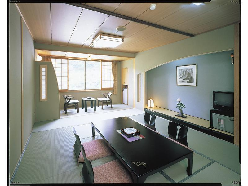 一之馆 和式房 (Japanese-style Room (Ichi-no-Yakata Wing))