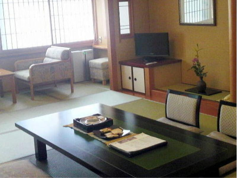 和室・12畳|12畳 (Japanese-style room (New Building/Ni-no-Yakata Wing))