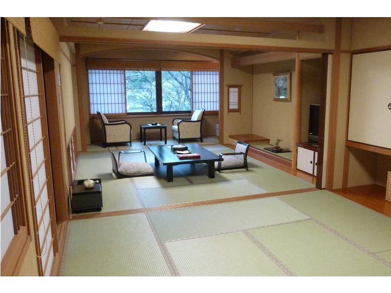 Japanese-style Room with Indoor Bath (Ni-no-Yakata Wing)