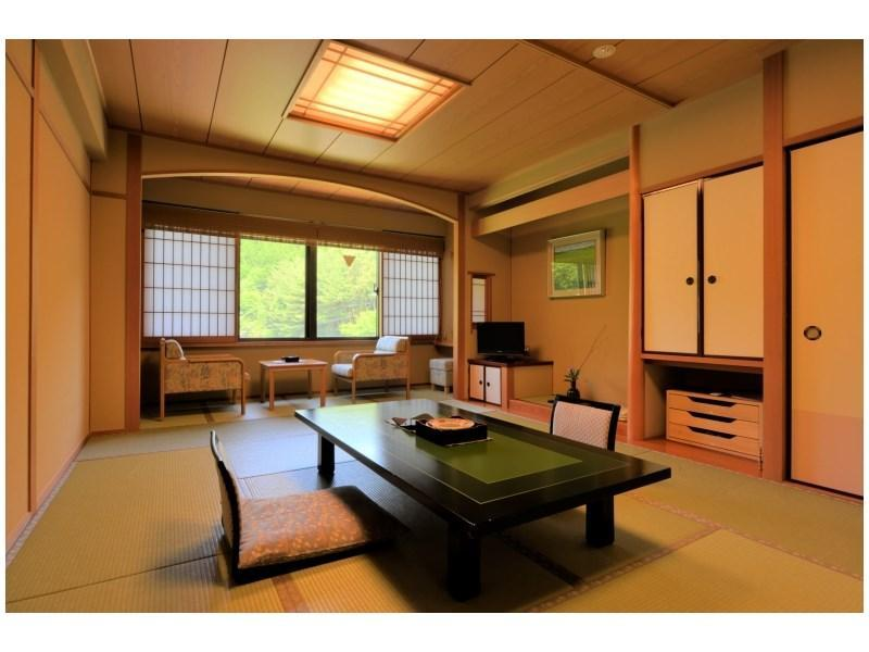 Japanese-style room (New Building/Ni-no-Yakata Wing)