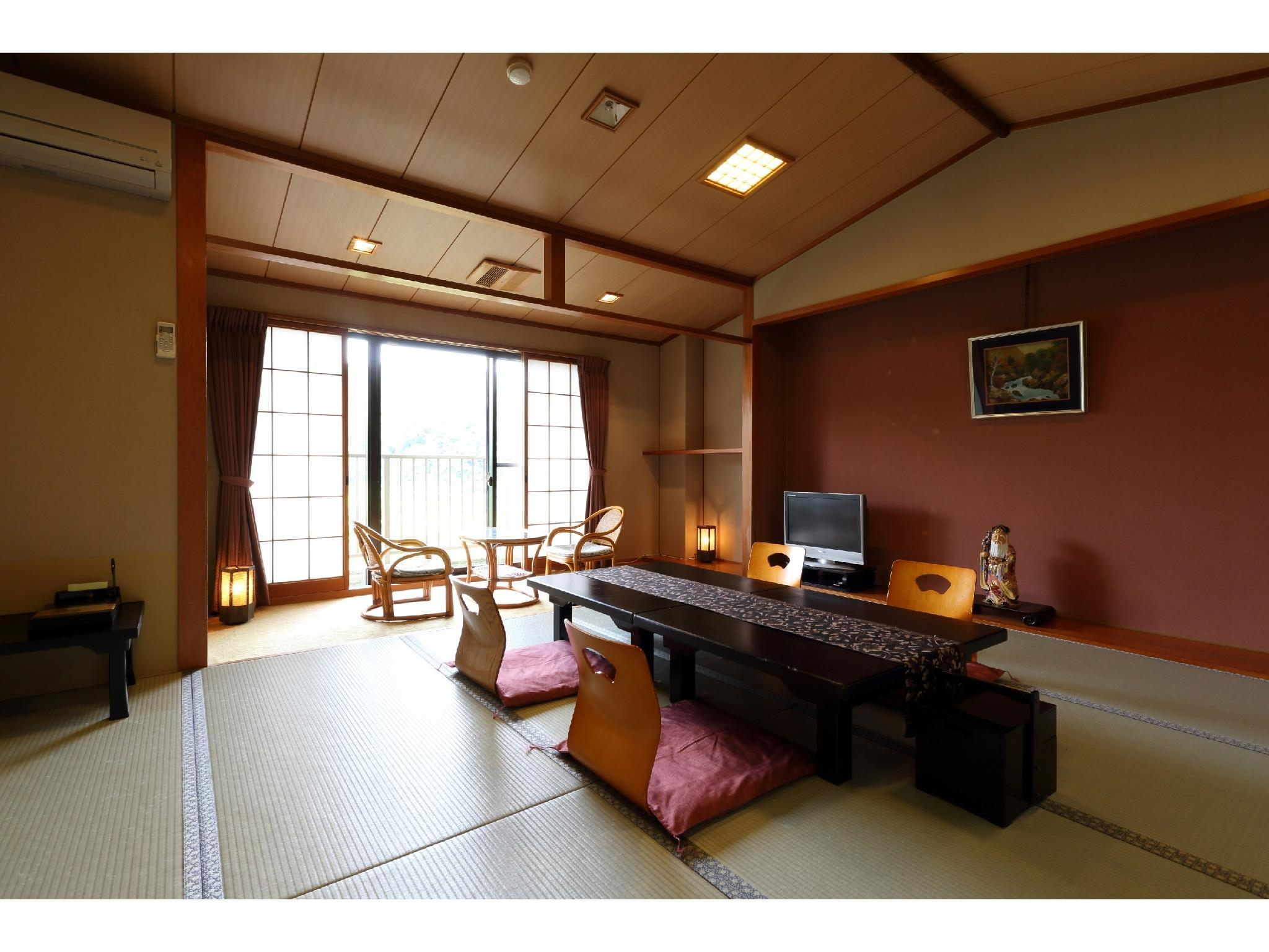 Japanese-style Room (Manyo Type, New Building)