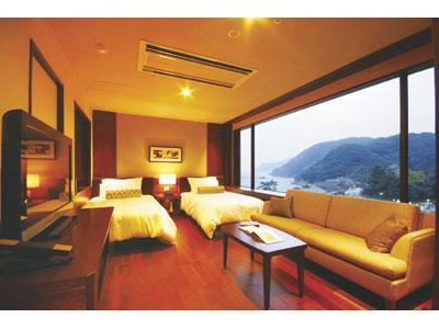 和洋式房 (Moderate Japanese/Western-style Room (2 Beds, Nagisa Wing))