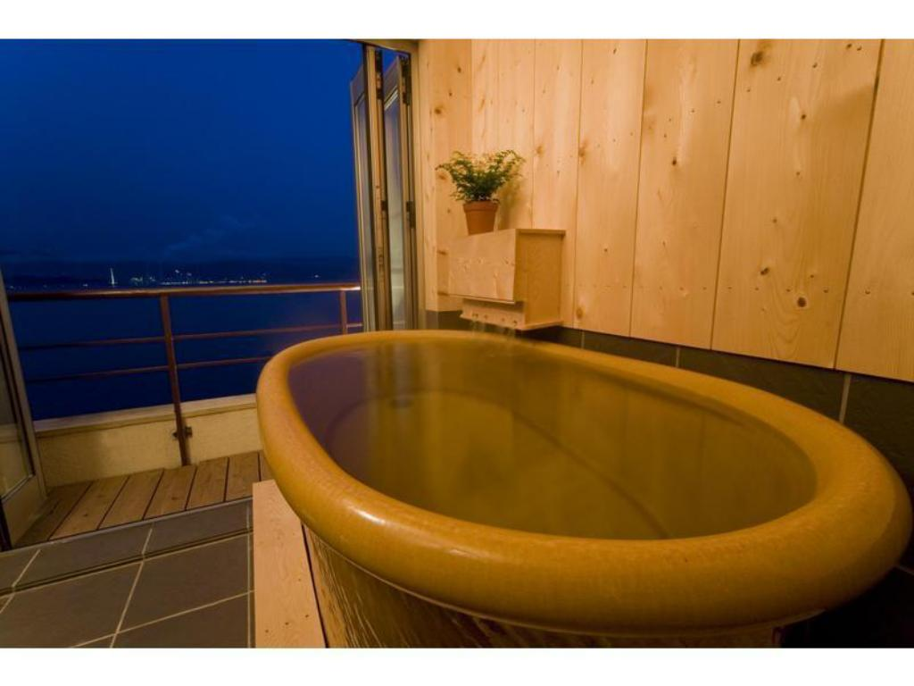 Japanese/Western-style Room with Open-air Bath (2 Beds, Manpa Club Floor) - ห้องพัก