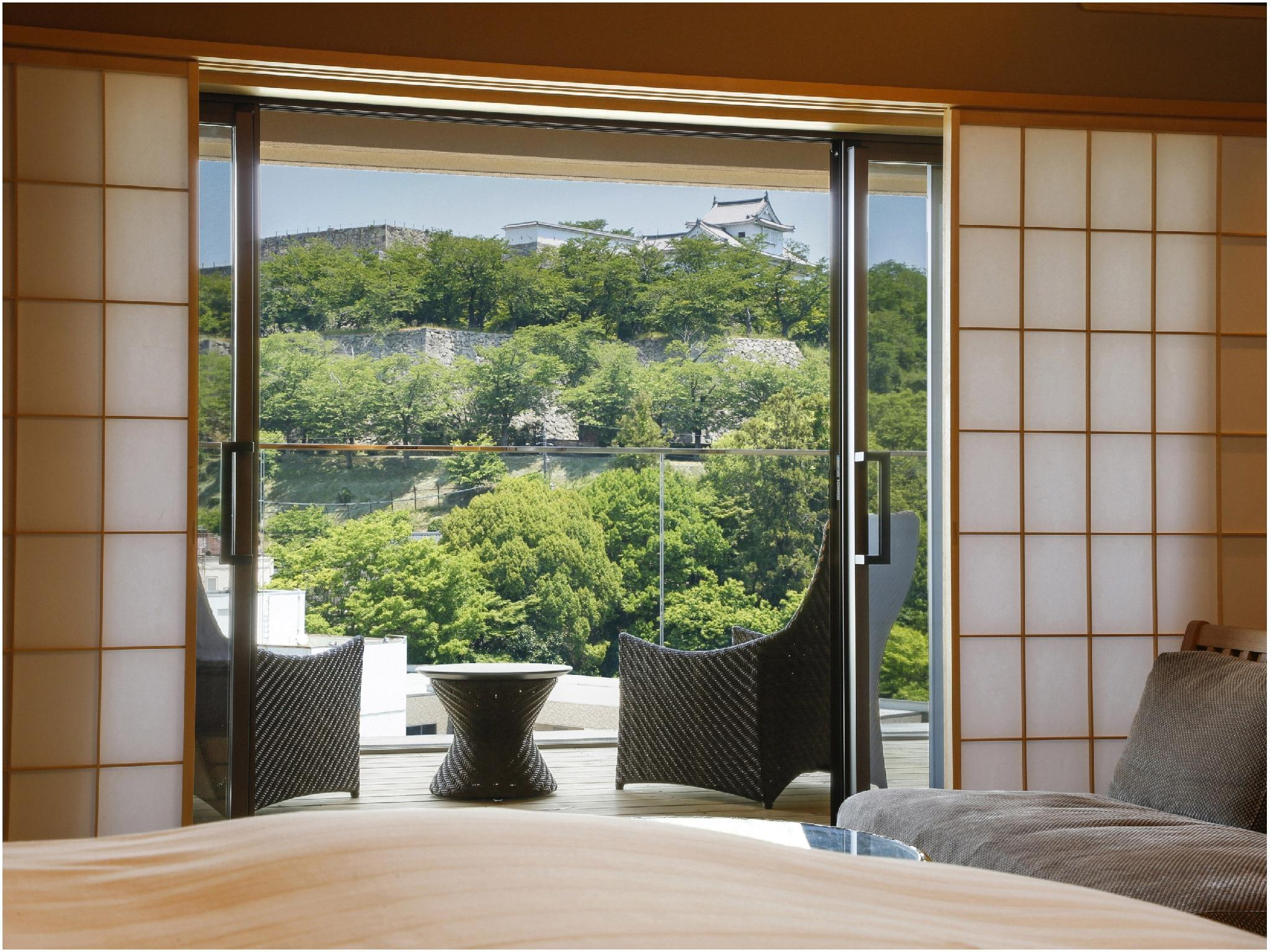 特別樓層「湯樓」 和洋式房A+露台+露天風呂 (Japanese/Western-style Room with Open-air Bath & Terrace (Type A, Special Floor Yuro))