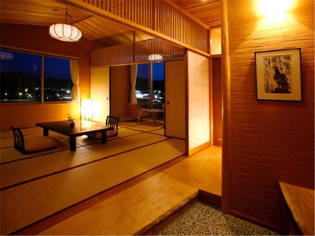 Standard Japanese-style Room with Open-air Bath (River View) - Guestroom Hagihakkei Ganjima Besso