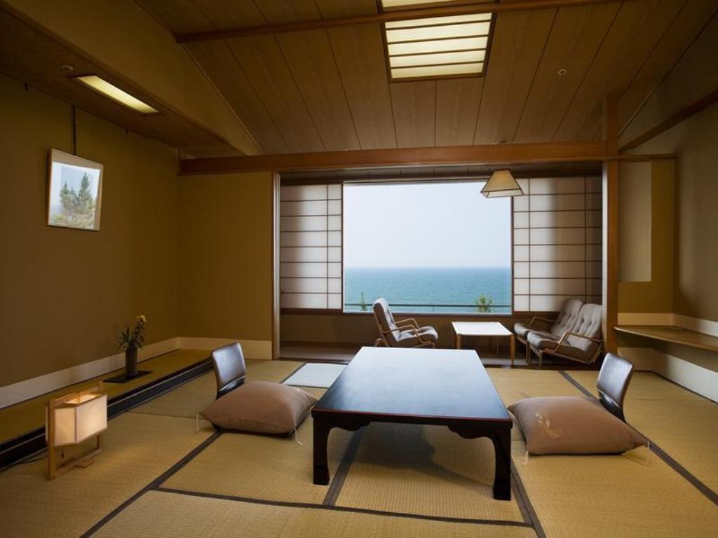 Japanese-style Room (Ocean Side) - ห้องพัก Yonago Kaike Onsen Kasuitei