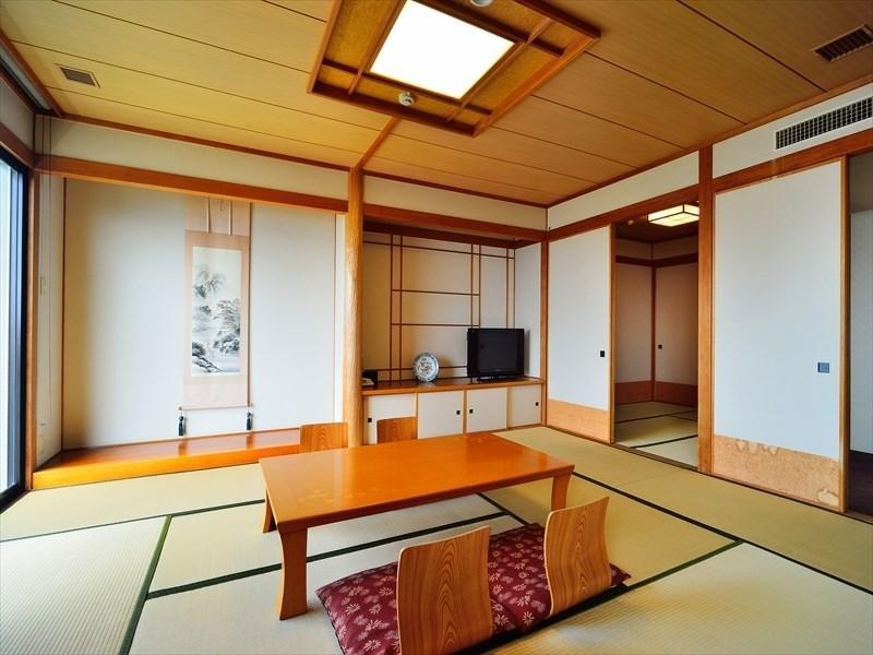 Deluxe Japanese/Western-style Room (Akebono Wing)