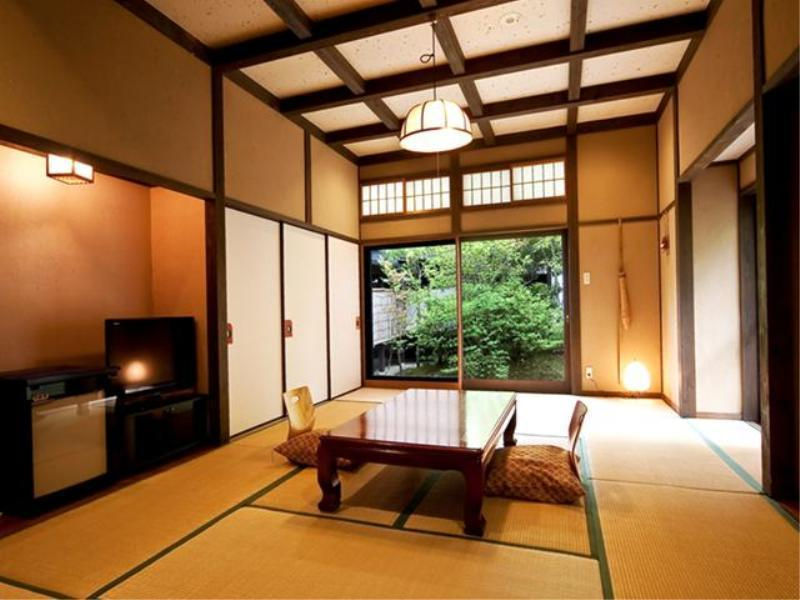 和室12畳(はなれ)・露天風呂付 (Detached Japanese-style Room with Open-air Bath)