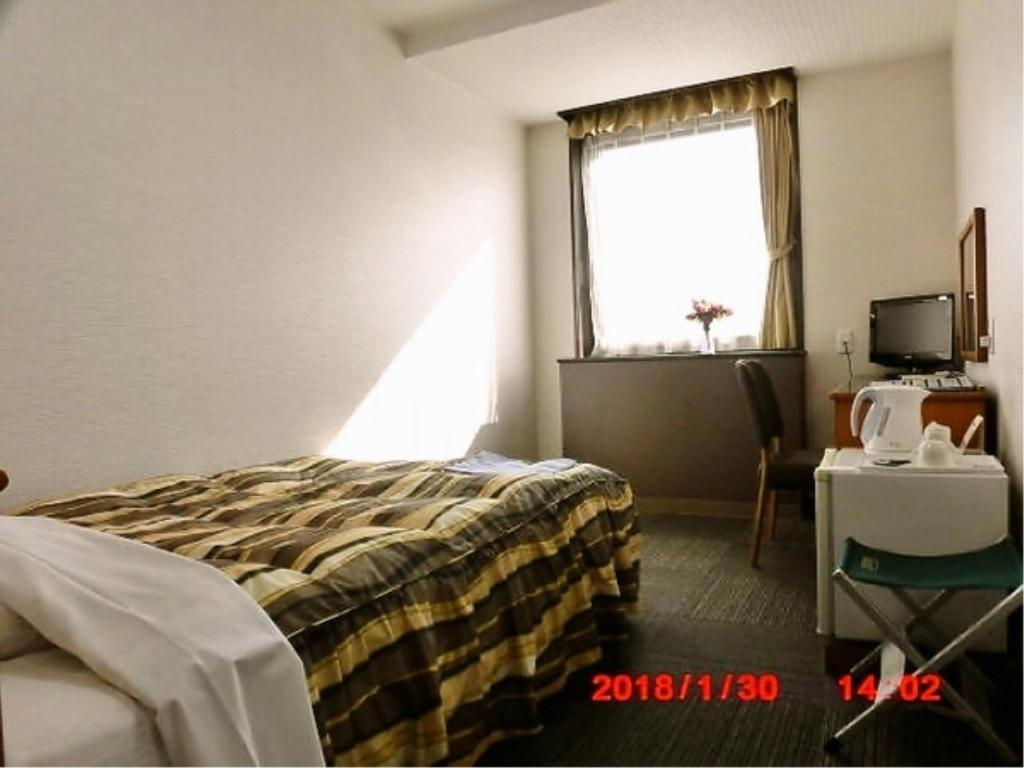 Single Room (Semi-double Bed)  - Guestroom Terminal Hotel Matsuyama