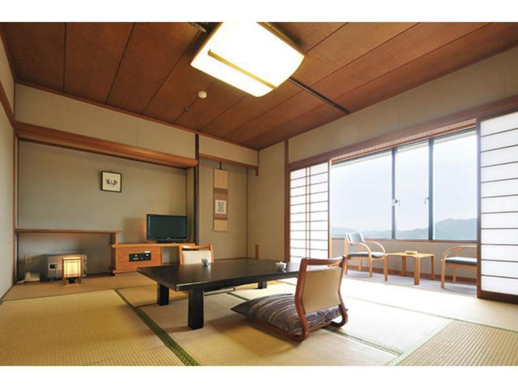 Japanese-style Room (Tower Wing) - Guestroom