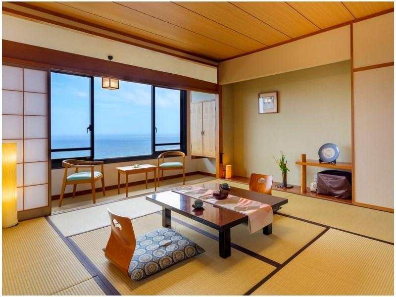 【海側スタンダード】〔和室10畳+広縁〕※10月より禁煙 (Standard Japanese-style Room with Hiroen Space (*Non-smoking from 2020/10/1))