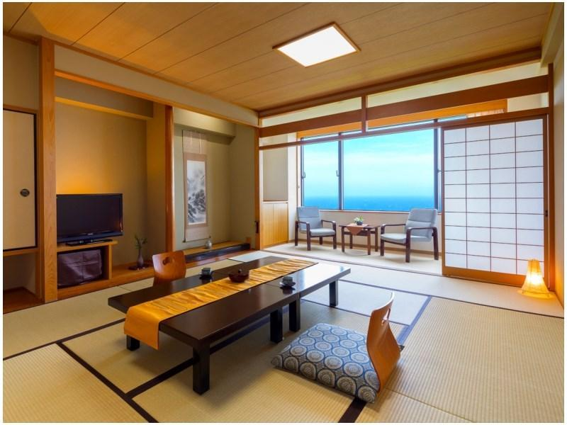 【海側ワイドルーム】〔和室12畳+広縁〕※10月より禁煙 (Wide Japanese-style Room with Hiroen Space (*Non-smoking from 2020/10/1))