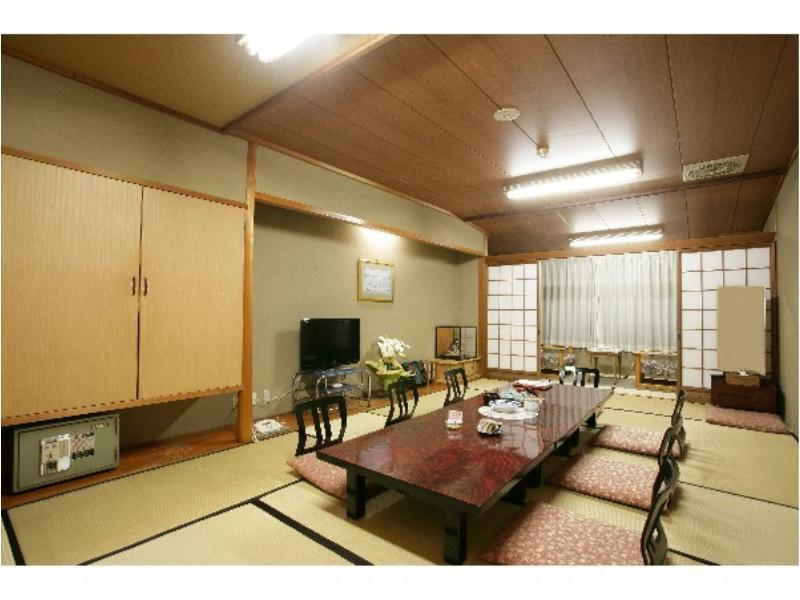 本館 和室14畳 禁煙 |14畳 (Japanese Style Room Main Building)