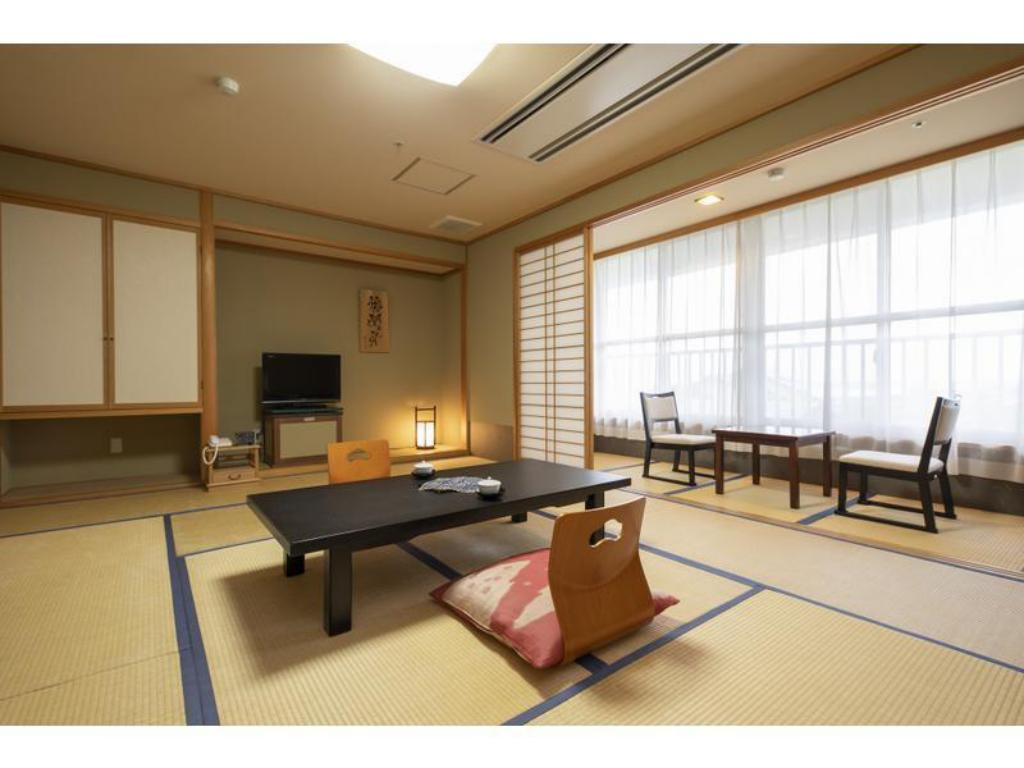 Japanese-style Room (East Wing) - Guestroom Hotel Apple Land