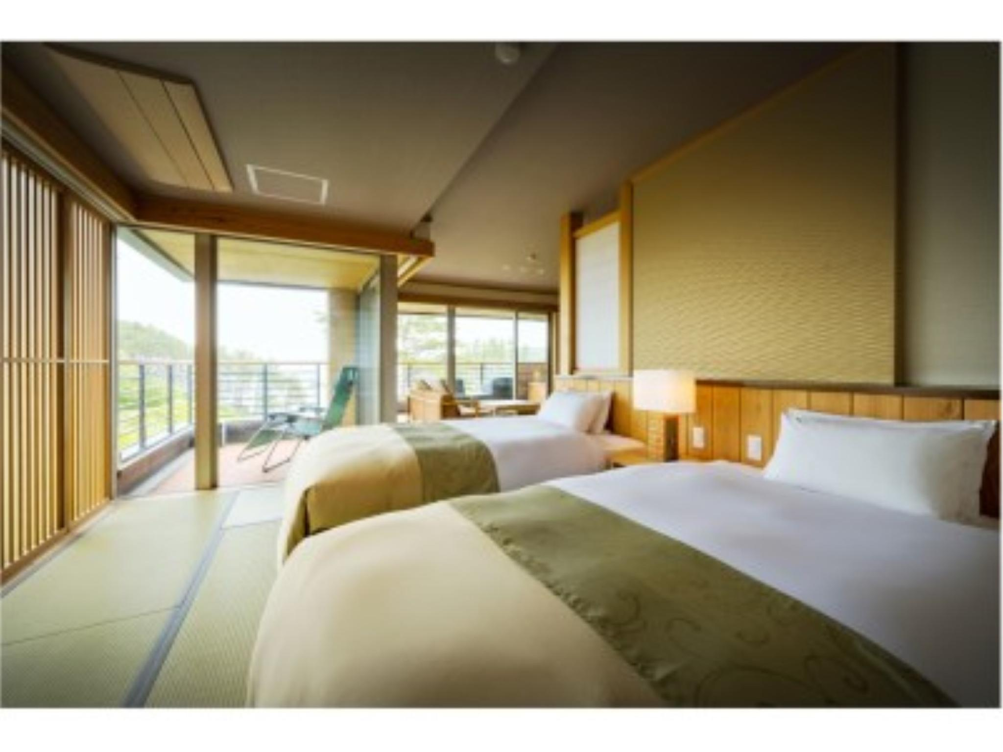 Modern Japanese/Western-style Room with Open-air Bath (Zekkei-no-Jiro Type, Tenbo Wing)