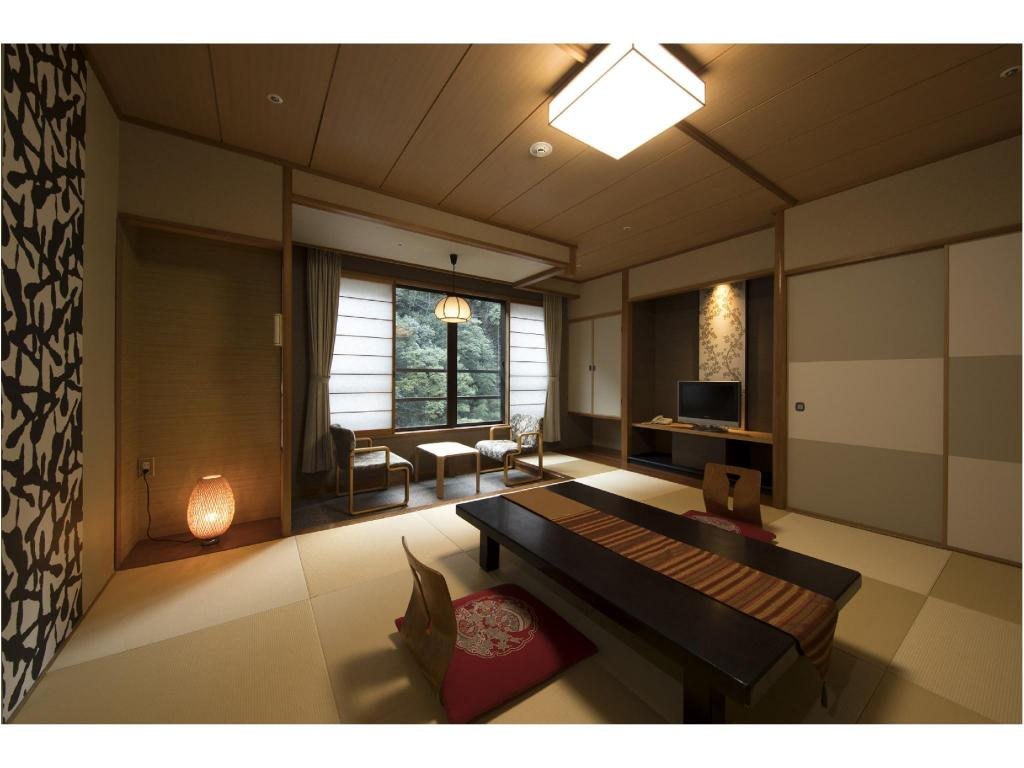 Japanese-style Room (Oita-kan Wing) - Guestroom Hizenya