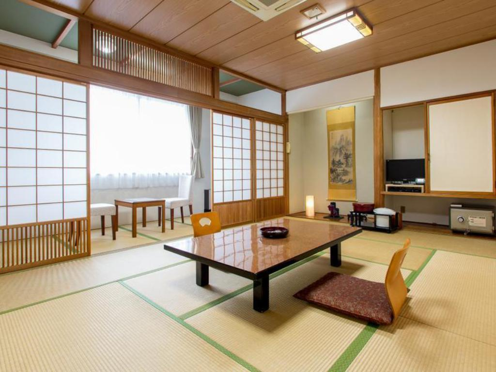 West Wing Japanese Style Room - Guestroom Hiraizumi Hotel Musashibo
