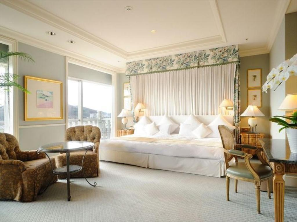 Royal Suite - Guestroom