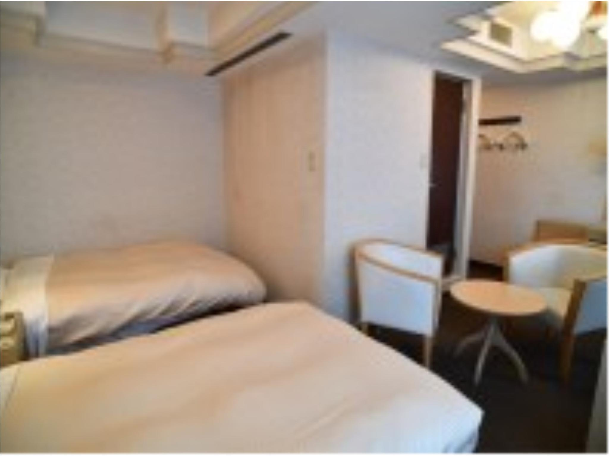 Economy Twin Room (East Wing)