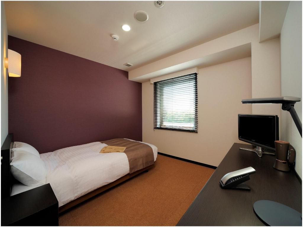 Single Room Type A - Guestroom