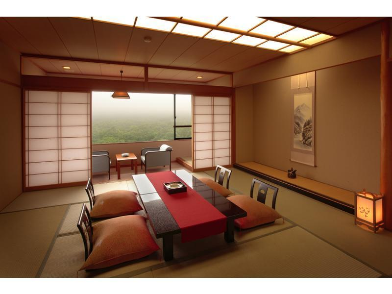 Japanese-style Room (Main Building) (Upper Japanese-style Room (Main Building))
