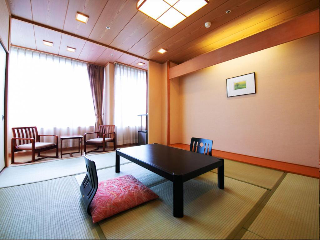 Japanese-style Room or Western-style Room *Allocated on arrival