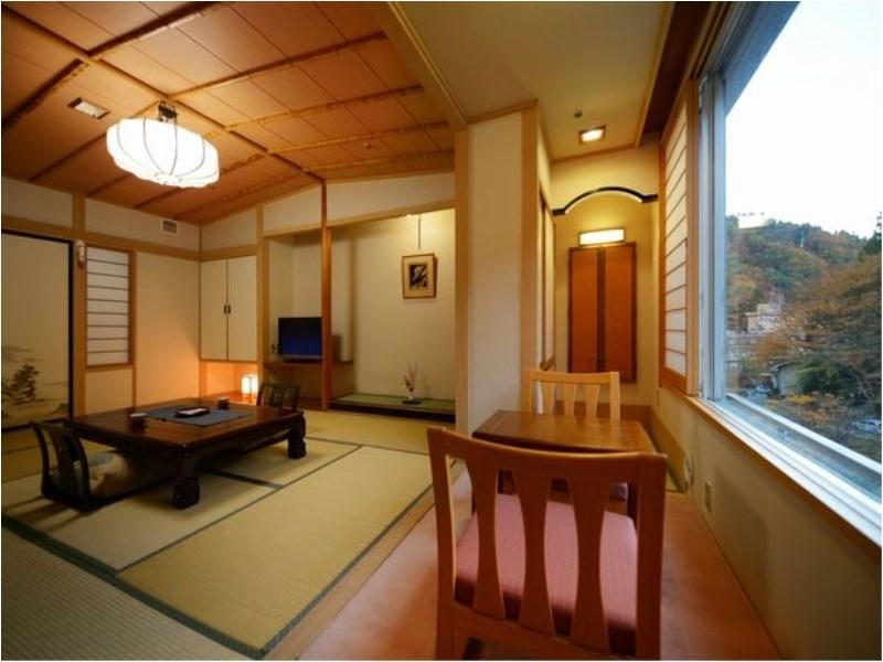 Japanese-style Room *Mountains may not be visible or only partially visible from some rooms