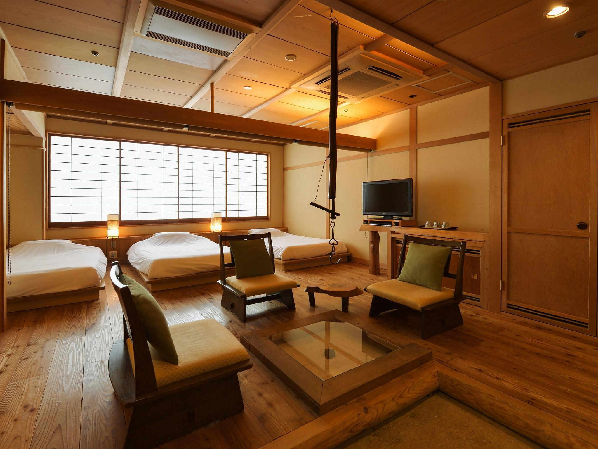 温泉俱乐部 宽敞三人房+温泉 (Wide Triple Room with Hot Spring Bath (Onsen Club))
