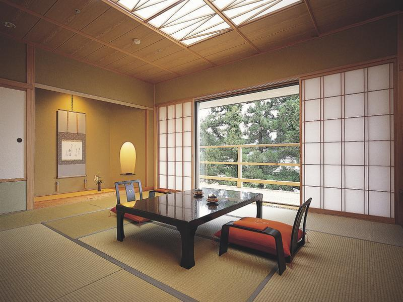 Japanese-style Room (Sansui Wing)