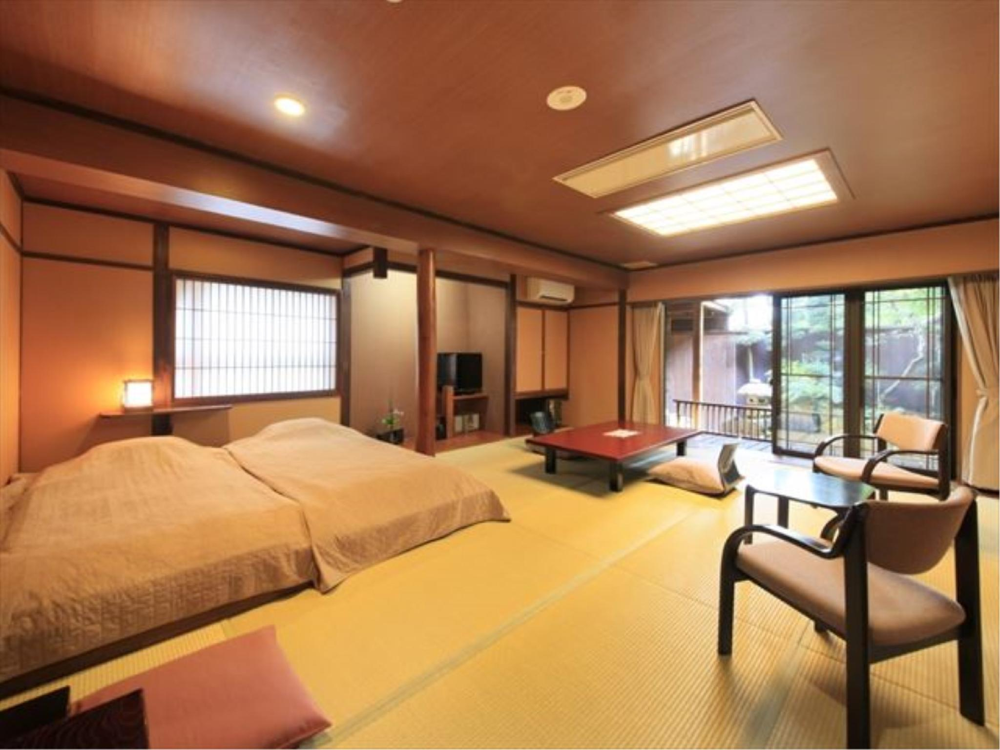 다다미 객실(특별실/DAIDAIIRO/노천탕/저상침대) (Special Japanese-style Room with Open-air Bath (Low Bed(s), Daidaiiro Type))