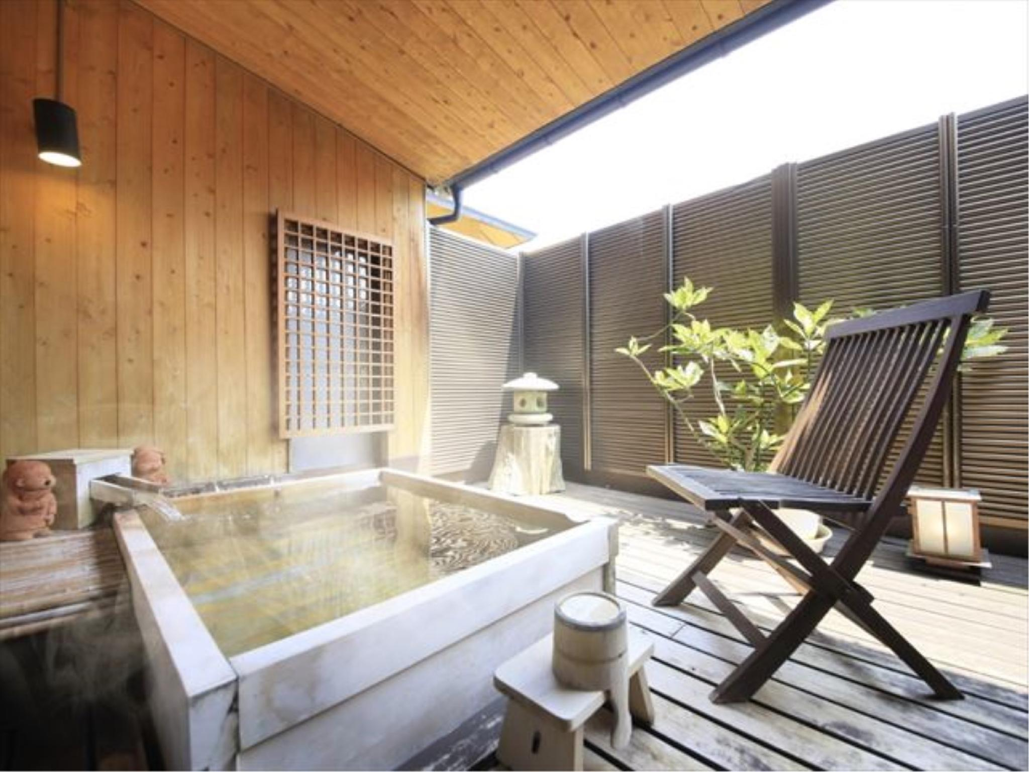 특별실(MOEGIIRO/노천히노키탕/마사지체어) (Special Room with Open-air Cypress Bath & Massage Chair (Moegiiro Type))