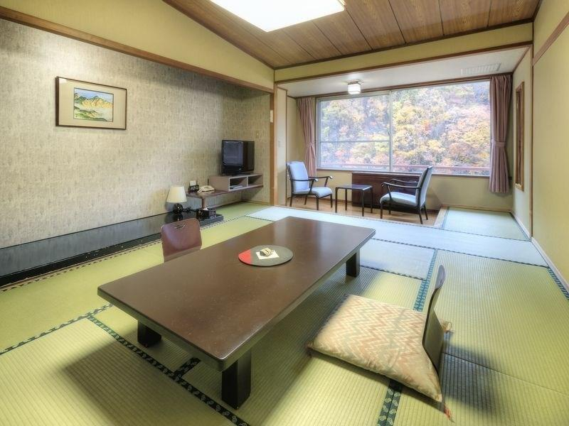 Standard Japanese-style Room (Tsukimitei Wing)